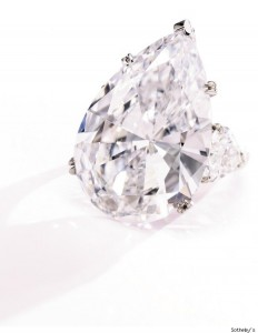 sotheby_09_oct_diamond_ring